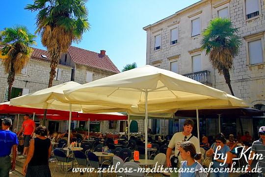 Cafe in den Gassen