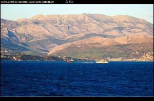 Frachtschiffe vor Split
