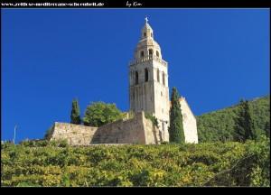auf dem Weg zum Kloster - Muster, die sternförmige Wehrmauer ist deutlich sichtbar