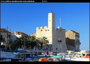 auf der Riva mit Blick auf das Kastell