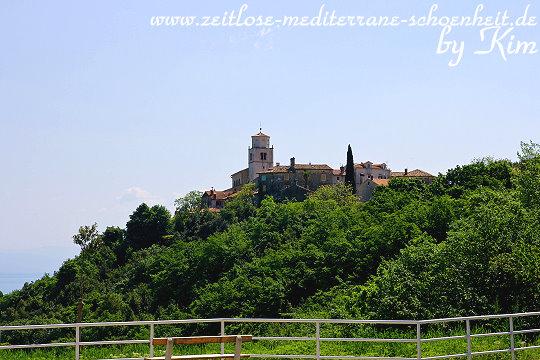 Blick auf Mošćenice