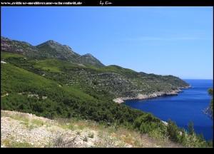 Ausblicke nach Osten mit dem Velji Grad und der spektakulär zum Meer in Stufen abfallenden Insellandschaft.