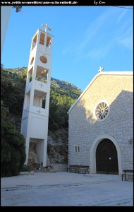 Oh je, oh je, das tut doch in den Augen weh! Crkva Sv. Pavla samt Glockenturm zum Davonlaufen
