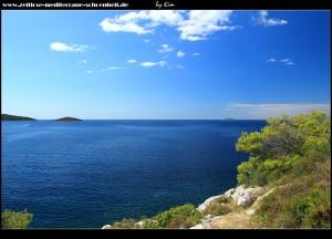 Spitze/Kap der Halbinsel Gradina mit Blick auf den Eingang zur großen Soline Bucht und das offene Meer