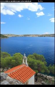 Unterhalb der Gospa od kapelica: die kleine Vorgängerkapelle - ein schönes Fotomotiv