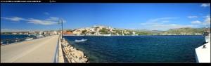 Insel Kopara - Blick zurück auf den Damm, Neuortsviertel und die tiefe Bucht