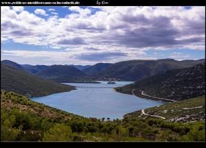 Wahnsinns Aussicht auf die Bistrina-Bucht, Pelješac und im Hintergrund die Insel Mljet