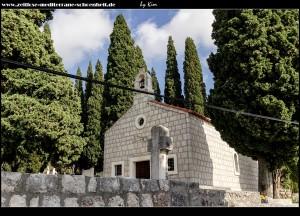 Rund um die Kirche Mala Gospa mit tollem Ausblick