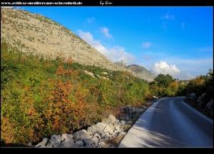 Straße nach Mravinjac