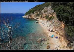 Am kleinen Hafen von Orašac mit schönem Strand