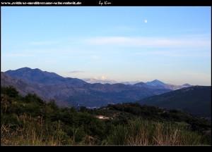 Rauf nach Osojnik mit tollem Blick in den Ombla Canyon, auf den Snjeznica-Gebirgszug und die Berge Montenegros