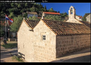 Loggia mit zusammengewachsenen Kirchen Sv. Đurđa und Sv. Nikola