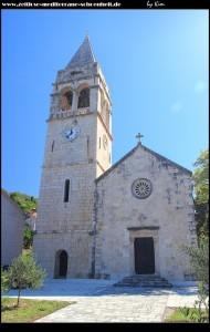 Die Pfarrkirche Sv. Stjepan mit Ausblick auf den Ort