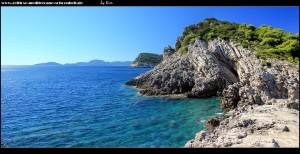 Am Südwestzipfel der Insel mit kleinem Strand, imposanter Küste und Blick auf Mljet