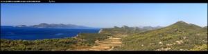Auf dem Berg Sv. Nikola mit gleichnamiger Kirche mit sensationellem Ausblick über die Küste bis Dubrovnik und sogar die Gebirge Montenegros, sowie die süddalmatinische Inselwelt
