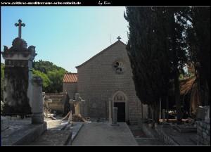 die Kirche Gospa od Šunja, samt Friedhof, freistehendem Glockenturm und 2 weiteren Kapellen