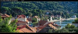 über Gassen und steilen Stufen in die nörlicheren und verlasseneren Ortsteile Lopuds