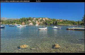 Spaziergang an der Mole rund um die große Bucht von Donje Čelo