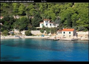 Villa und kleiner Hafen