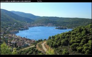 Blick auf die Viški Zaljev-Bucht