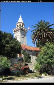 Nochmal der tolle Glockenturm, dieses mal von Uferpromenade aus geknipst