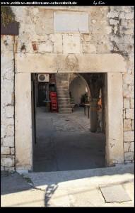 Zugang zum alten Kastell von Brce aus