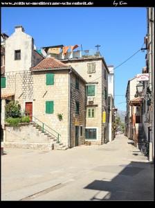 Auch in Kaštel Stari gibt es einen Platz namens Brce