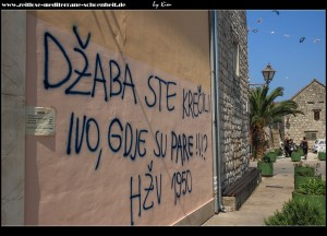 Nachbarschaftsliebe wird in Marina groß geschrieben - man schreibt sich die Liebesbotschaften sogar gegenseitig auf die Hauswände :o))