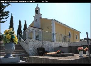 Friedhofskirche von Poljica mit fantastischen Aussichten