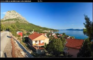 Blick auf Zaostrog und den Berg Viter von der Magistrale aus