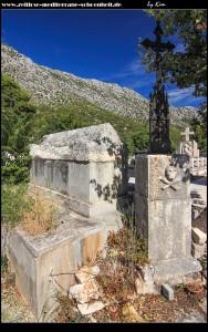 römischer Sarkopharg auf dem Friedhof