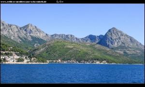 traumhafte Ausblicke auf die Landschaft um Drvenik auf der Fährfahrt nach Hvar