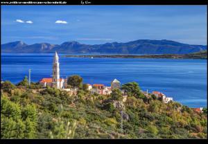Blick auf Igrane und die Halbinsel Pelješac