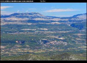 Auf dem Sv. Jure mit Blick auf Imotski und seine Seen