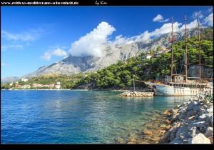 Am Hafen von Krvavica