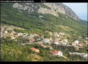 Blick auf Velio Brdo mit Kirche Sv. Jeronim