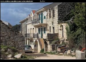 Häuserzeile in Marinovići